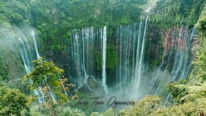 Surabaya Tumpak sewu waterfall tour package